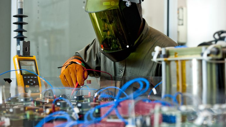 resent technolgy in chemical engineering Current research projects in the department pursue new knowledge and technological advancements in the chemical sciences and engineering areas of interest include process safety, process systems engineering, applied thermodynamics, polymers.