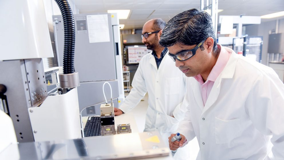 ISE researchers are using 3D printing to engineer human tissue.