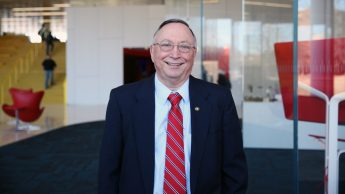 Dr. Peter Hauser
