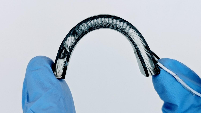 flexible heath wearing device