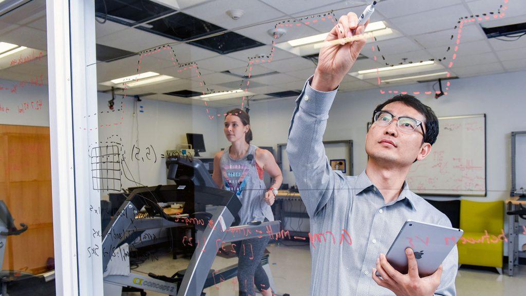 Researchers in an ASSIST Lab (Photo: Becky Kirkland)