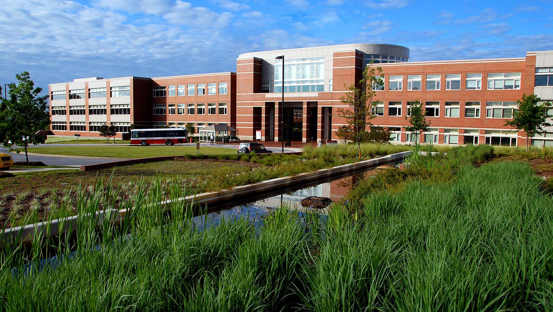 Wolfline bus drops off students at Engineering Building II